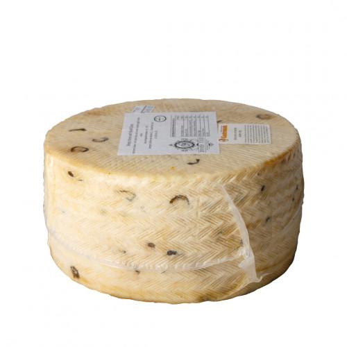 Aitas siers ar melnām olīvām, 200g